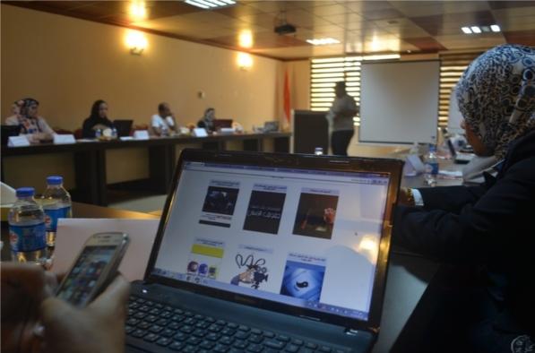Iraqi Network for Social Media introducing Tasharuk in a training