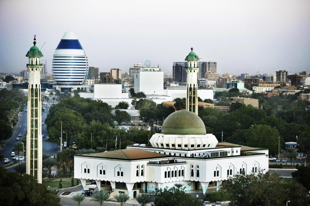 الصورة من موقع: http://worldccp.com/photo/khartoum/sudan/02/default.html