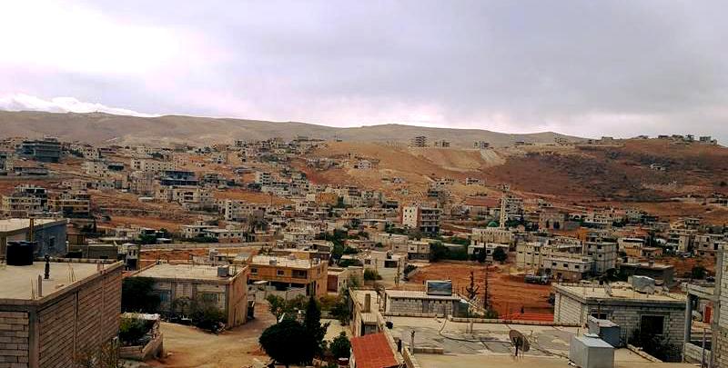 Vue de la ville d'Arsal, située au au nord-est près de la frontière syrienne, octobre 2016. (Nabil Hassan)